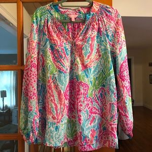 ECU let's cha cha lilly Pultizer Elsa top